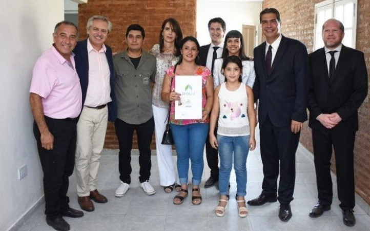 """VISITA PRESIDENCIAL: """"SABEMOS QUE CON ALBERTO FERNÁNDEZ, LA ARGENTINA Y EL CHACO SE PONEN DE PIE"""", DIJO CAPITANICH"""