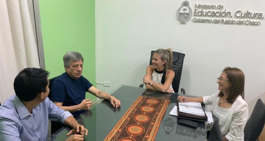 CARLOS IBÁÑEZ COORDINO ACCIONES  CON LA MINISTRA DANIELA TORRENTE